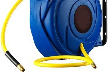 wall mounted retractable hose reel