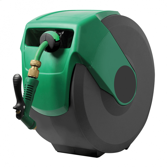 retracting water hose with green case